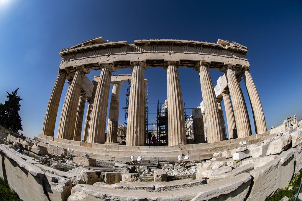 Partenone. Atene. Vacanze in barca a vela